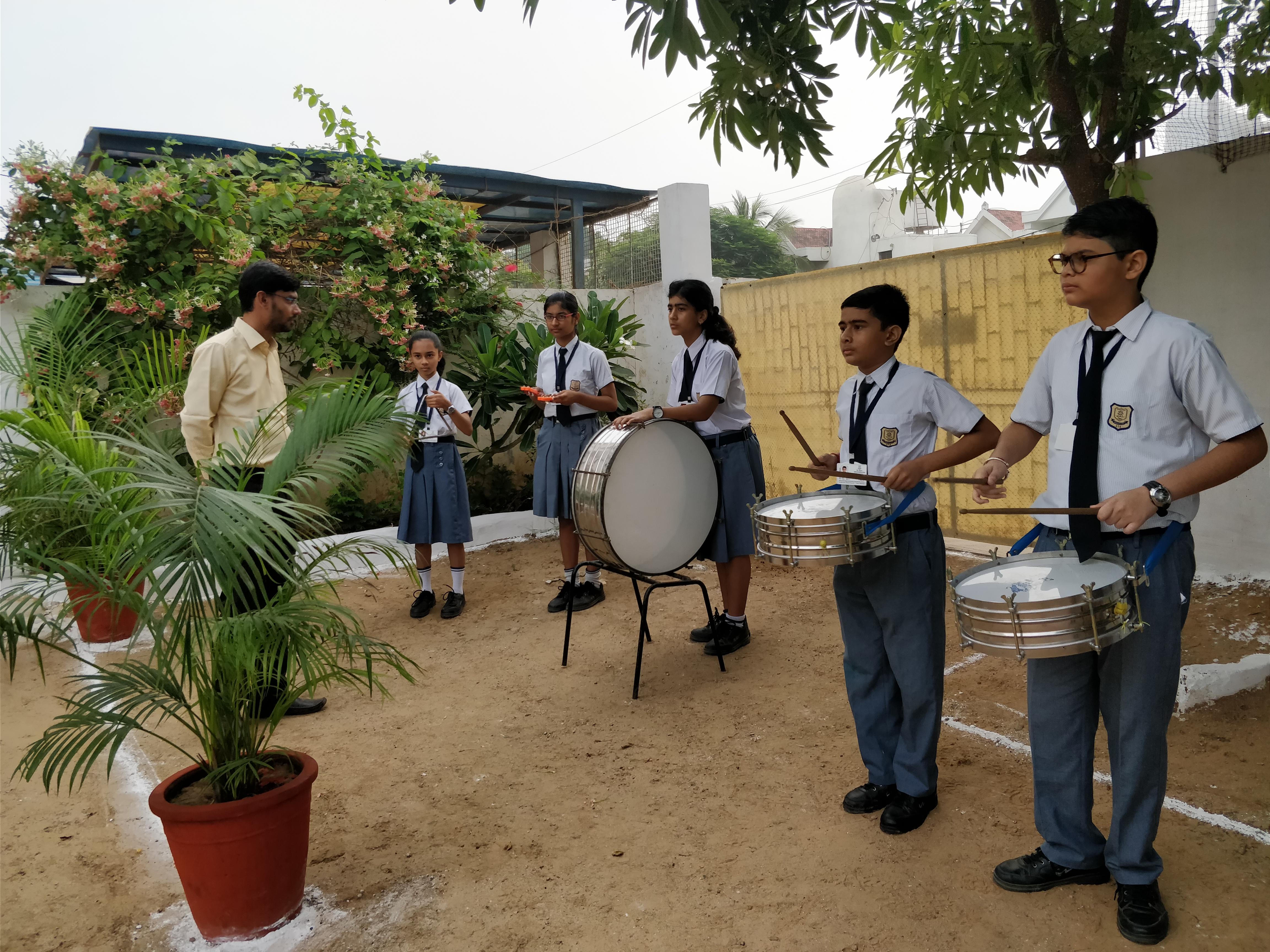Music Band (1)