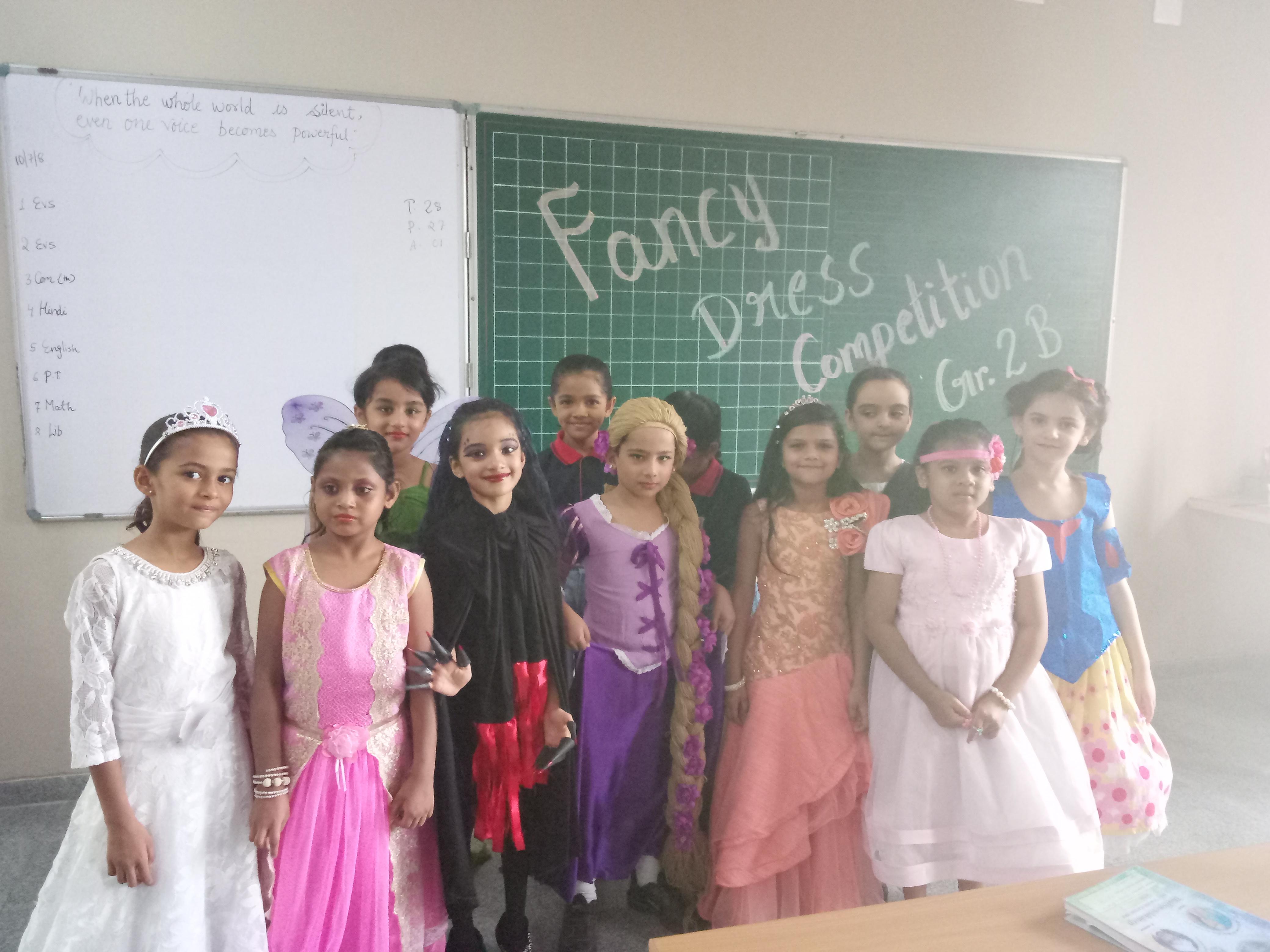 Fancy Dress (11)