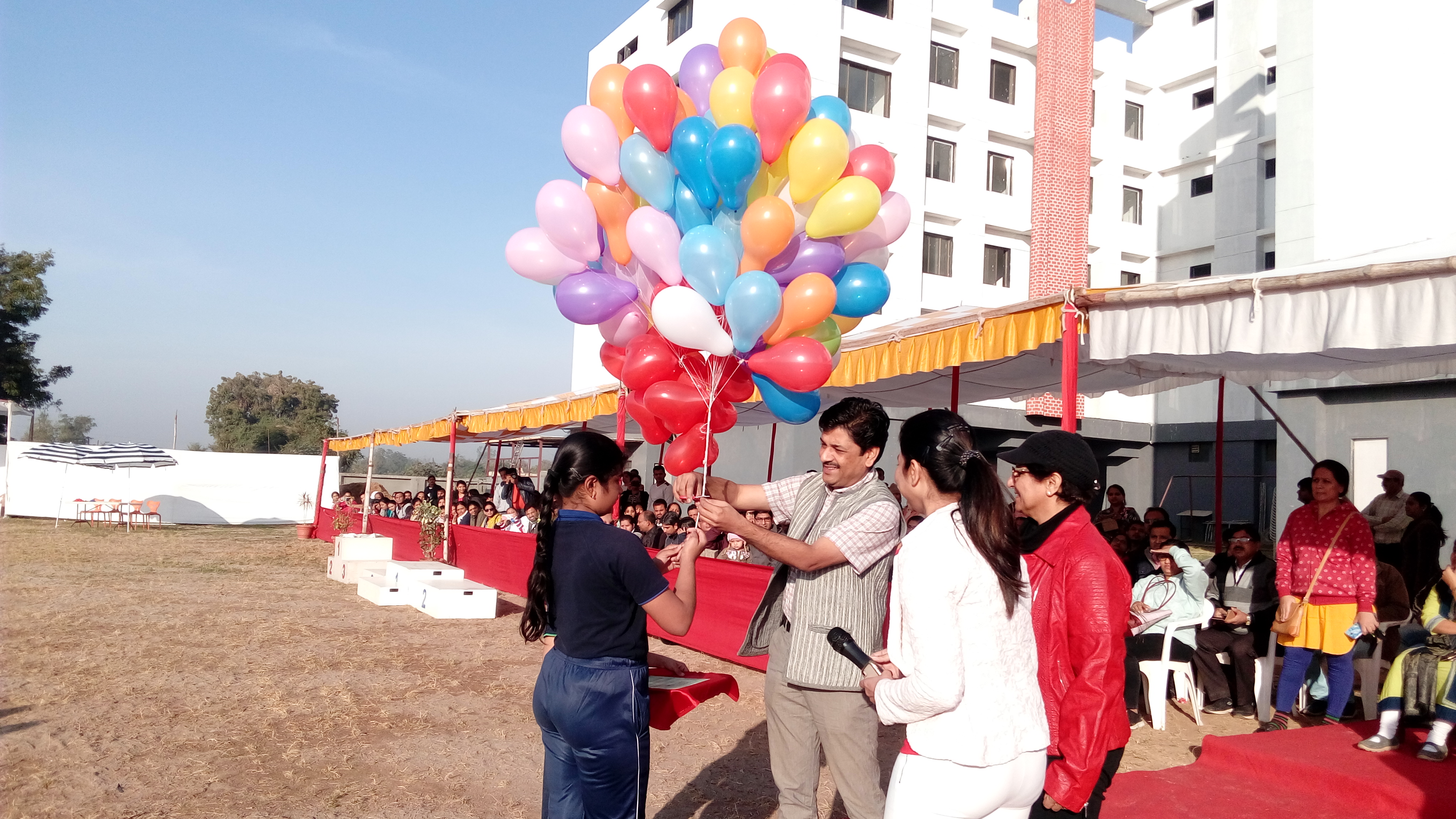 Balloon release (1)